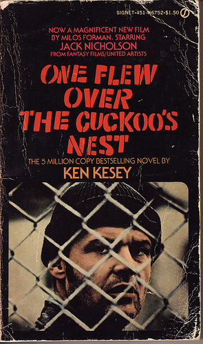 one flew over a cuckoos nest essay 'a clockwork orange' and 'one flew over the cuckoo's nest' obviously possess a myriad of differences burgess' work depicts a bizarre surrealist vision of the future.